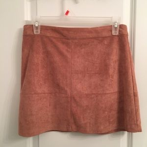 pink suede skirt Lulu's size small